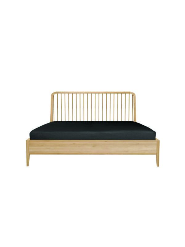 Oak Spindle Bed - Queen